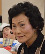 佐藤袈裟江(さとう・けさえ)●1938年生まれ。高校の教師を経験後、NPO法人でボランティアの介護士へ。浩太朗さんとの関係は10年以上になる。